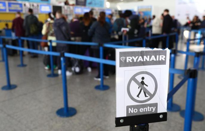 Ryanair, riduzione degli aerei Disagi fino a marzo 2018